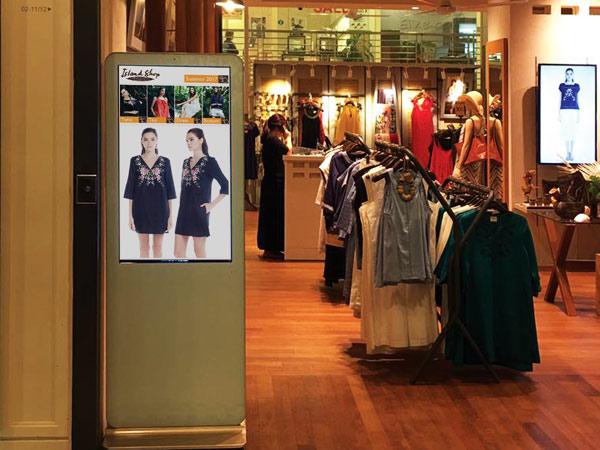 anewtech-intelli-signage-fashion-store