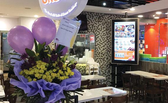 anewtech-digital-sigange-restaurant4
